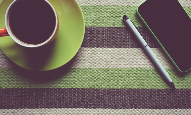 Coffee and mobile - Abingdon Chamber of Commerce November Breakfast meeting