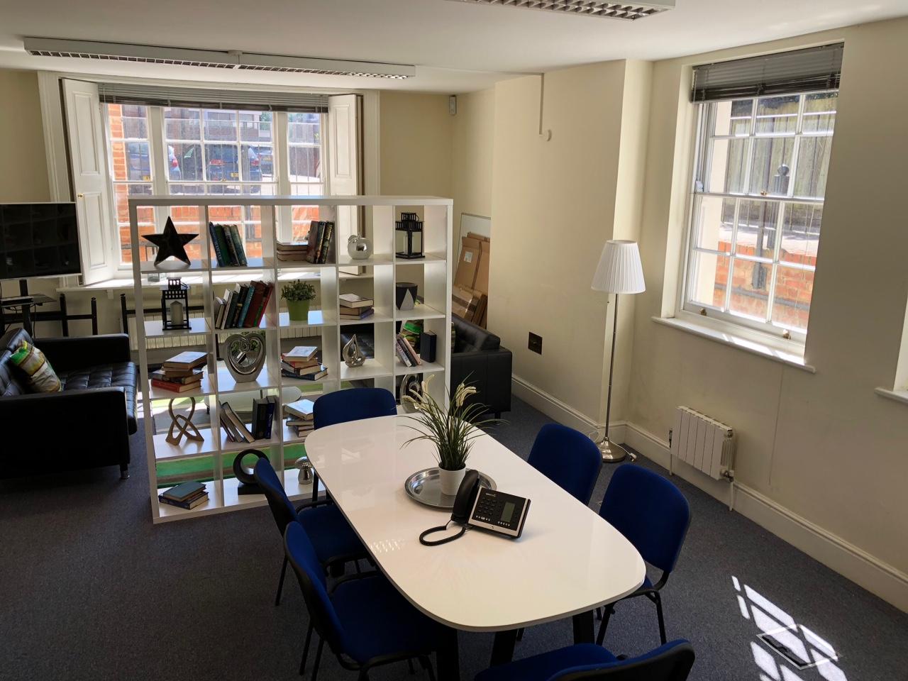 Meeting area at Markham House - The Workstation, Wokingham
