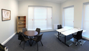 Office to rent, Southampton - small serviced office suite at Director General's House