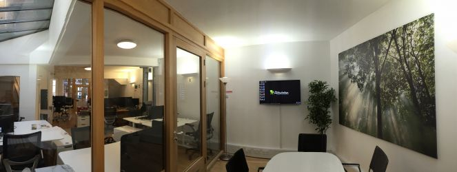 The Workstation Abingdon Meeting Room looking out into coworking space