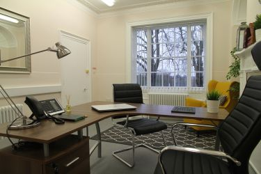 Private serviced office space for rent at Rivers Lodge overlooking Harpenden Common